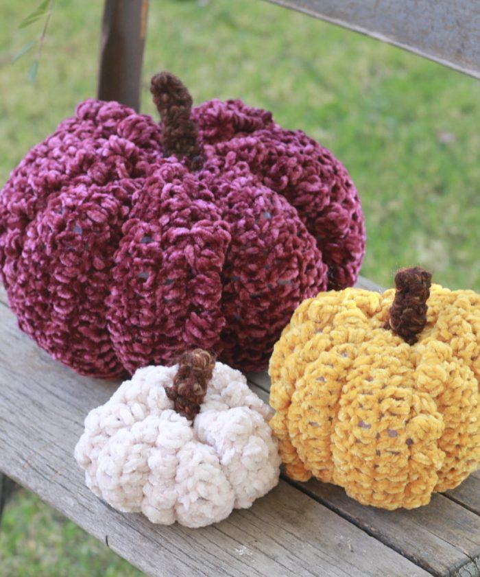 How to Crochet Velvet Bobble Pumpkins: Free Crochet Pattern