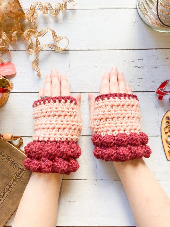 Bobble Fingerless Gloves: Free Crochet Glove Pattern
