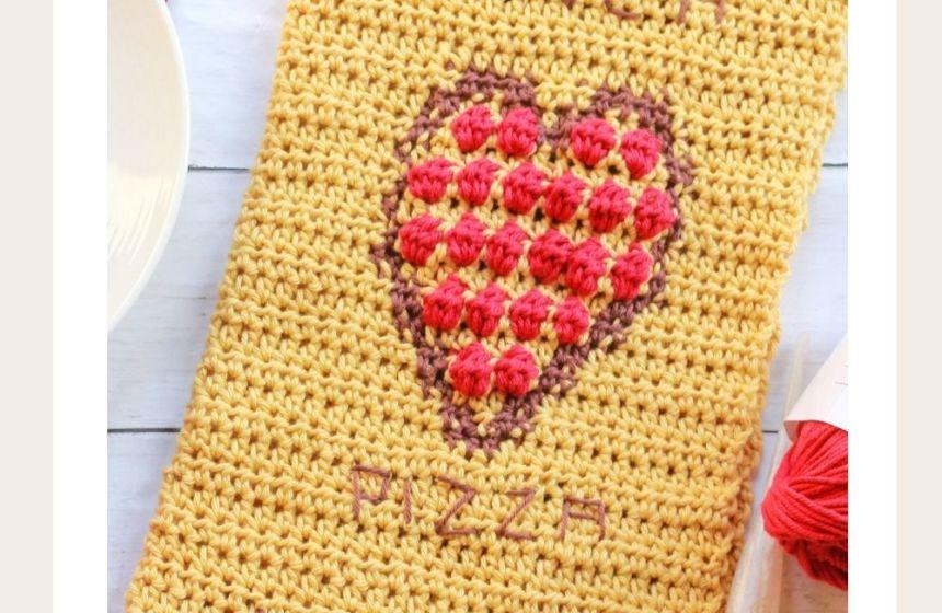 Pizza My Heart Towel: Free Intarsia Crochet Pattern