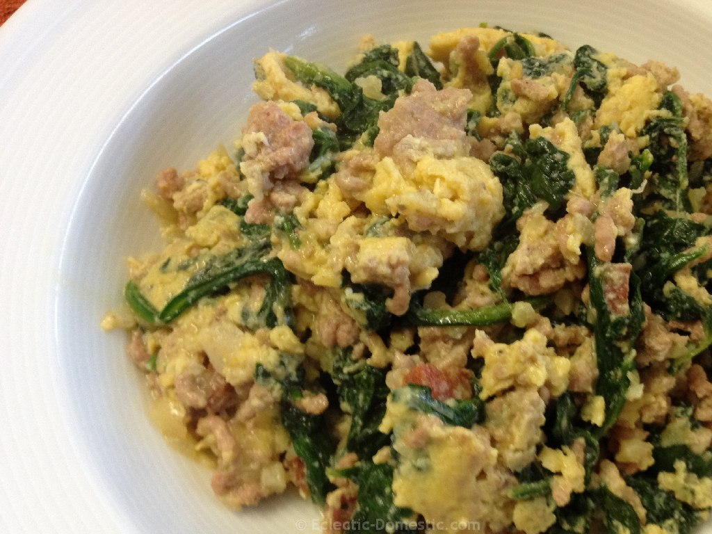 Joe's special (Eggs with ground beef and spinach)