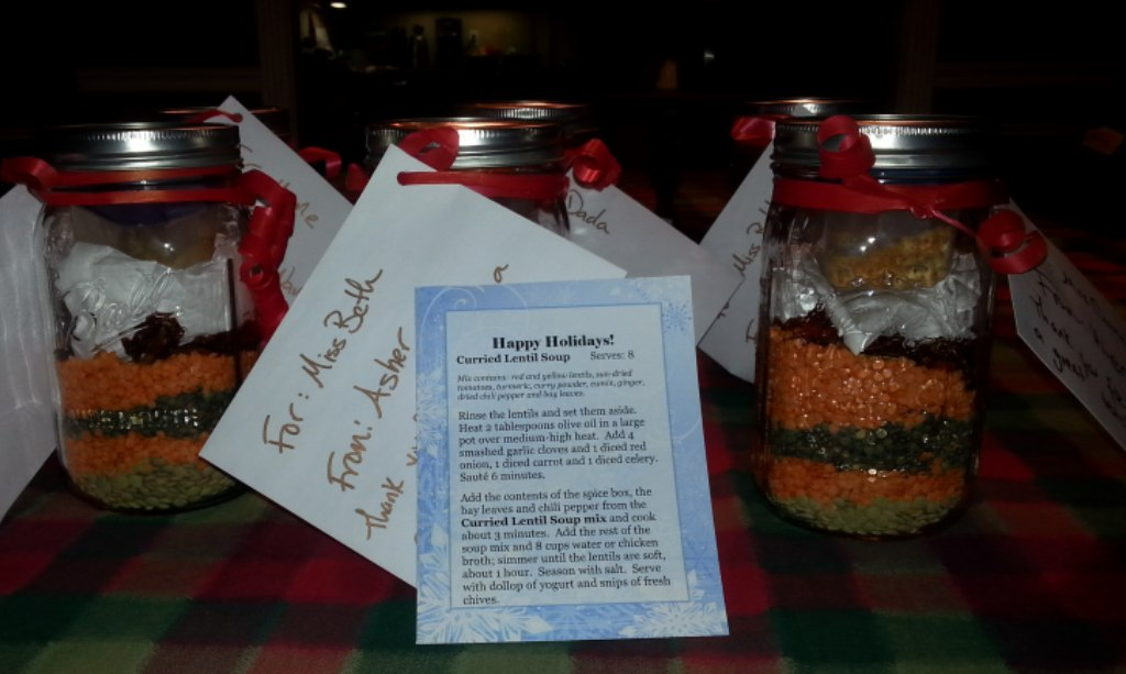 Gifts in a jar: curried lentil soup
