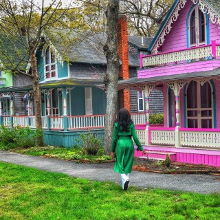 Exploring the Gingerbread Houses At Oak Bluffs