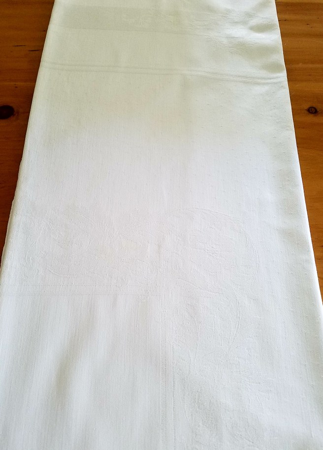 Removing Stains From Vintage Linens Eclectic Girl Lifestyle Designs - How To Remove Old White Heat Stains From Tablecloths