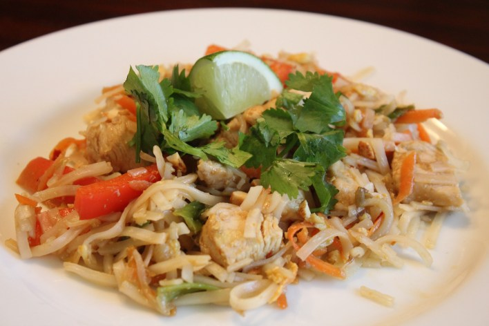 Recipe Video Chicken Pad Thai