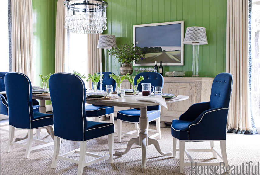 Color Scheme:Emerald Green And Sapphire Blue
