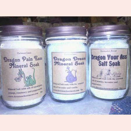 Mineral soaking bath salts by Enchanted Forest