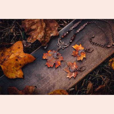 Autumn Moon Leaf set by Autumn Moon