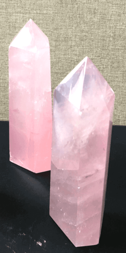 Put this tower of rose quartz by your bed to increase the trust and respect between yourself and your lover.
