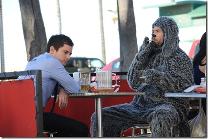 "WILFRED: Elijah Wood as ""Ryan"" and Jason Gann as ""Wilfred"" in WILFRED airing on FX.  CR: Michael Becker/FX"