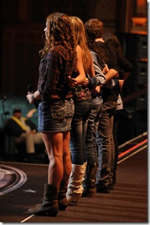 AMERICAN IDOL: Hollywood: Over 300 conetstants made it to Hollywood and only 70 will survive. The Hollywood round begins Wednesday, Feb, 8 (8:00-9:00 PM ET PT ) and Thursday, Feb. 9 (8:00-9:00 PM ET/PT) on FOX. Pictured: Contestants waiting for the judges decision during the Hollywood round on AMERICAN IDOL. CR: Michael Becker / FOX.
