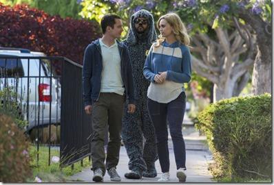 WILFRED: Episode 12: Heroism (Airs Thursday, August 29, 10:00 pm e/p). Pictured: (L-R) Elijah Wood as Ryan Newman, Jason Gann as Wilfred, Fiona Gubelmann as Jenna Mueller. CR: Prashant Gupta/FX