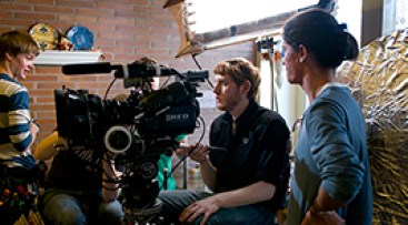 Nicolas Wendl on set with DP