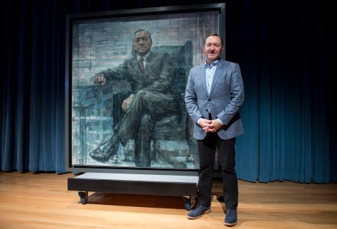 """WASHINGTON, DC - FEBRUARY 22: Kevin Spacey poses for a photo with a portrait of President Frank Underwood (from the Netflix series """"House Of Cards"""") at a press conference hosted by The Smithsonian and Netflix at the National Portrait Gallery on February 22, 2016 in Washington, DC. (Leigh Vogel/Getty Images for Netflix)"""