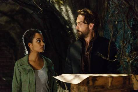 SLEEPY HOLLOW: L-R: Lyndie Greenwood and Tom Mison in theÒRagnarokÓ season finale episode of SLEEPY HOLLOW airing Friday, April 8 (8:00-9:00 PM ET/PT) on FOX. ©2016 Fox Broadcasting Co. Cr: Tina Rowden/FOX