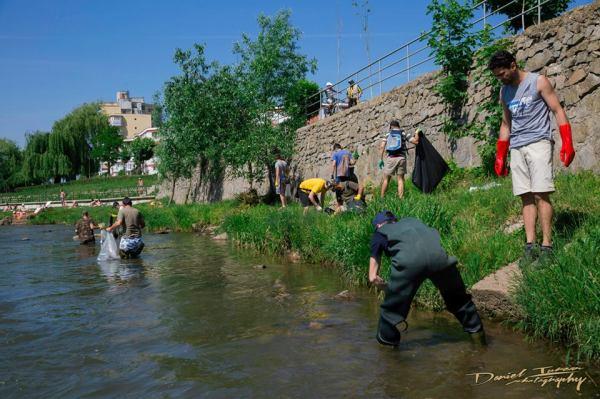 aqua fishing curatare somes