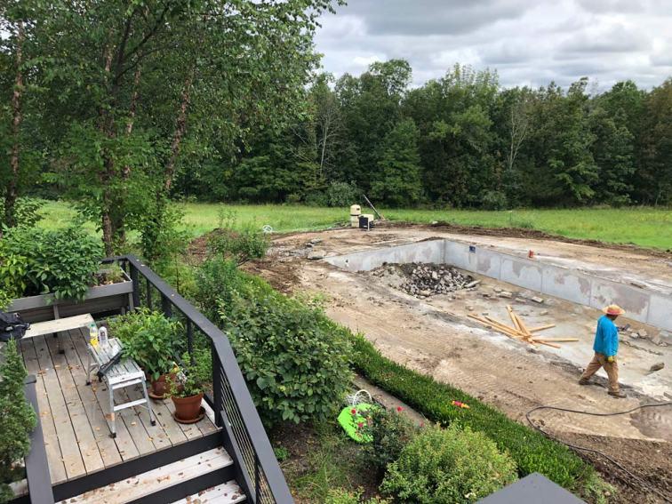 Pool Foundation