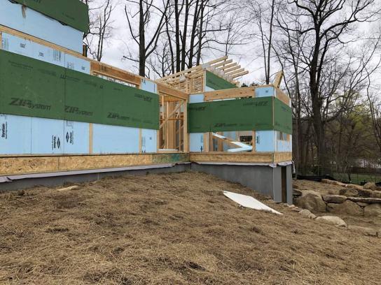 Lake Shore House Construction