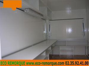 boutqiue-2015-2-avec-amenagement-meubles-et-elec-130315-150750_logoOK