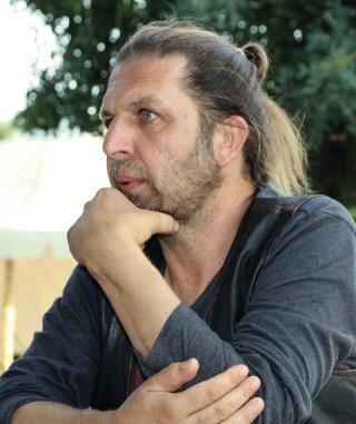 Alper Alagoz falar sobre felicidade