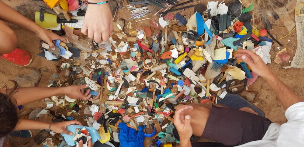 #7- 3000 morceaux de plastiques ramassés dans une réserve naturelle – Lobos – Canaries