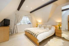 Culls Cottage master bedroom