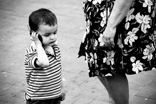 France bans cell phones for kids