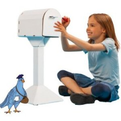 Encourage Early Literacy with Everything Mailbox