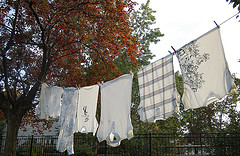 5 Reasons You Should Hang Your Laundry Outside