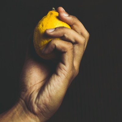 5 Science-Backed, Peer-Reviewed Studies on the Benefits of Lemons
