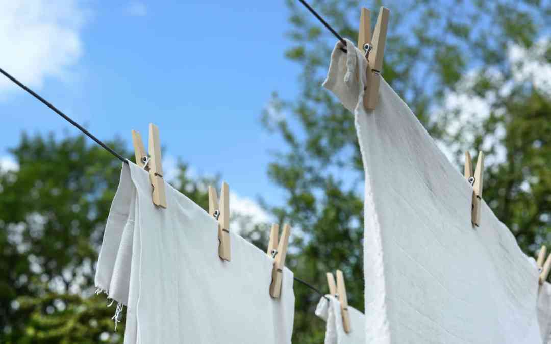 Why Choose a Laundry Service?