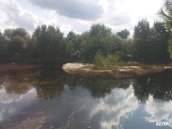 Озеро гудронів