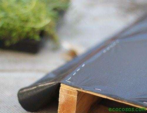 pallet garden step1 Jardín vertical reciclando un palé