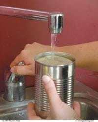 041087050 03 xlg Porta velas con latas de conservas