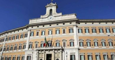 corurbis-piazza-montecitorio-palazzo-montecitorio
