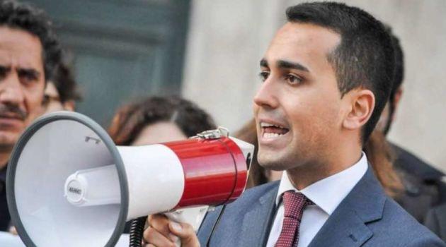 """Esecutivo: ecco il """"contratto di governo"""" proposto dai 5s a Lega e Pd"""