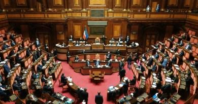 Il Senato dice sì al decreto Cura Italia, ma finisce il clima di collaborazione con le opposizioni