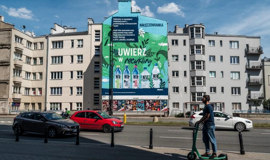 Mural pochłaniający zanieczyszczenia