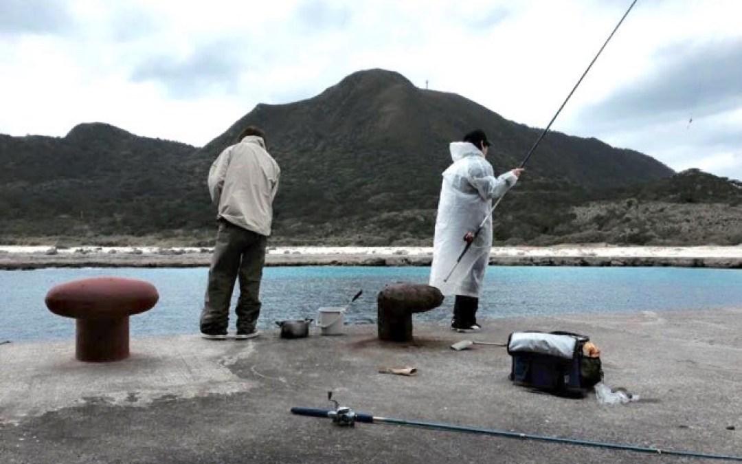 お昼を食べるのを忘れるくらい魚釣りに一生懸命