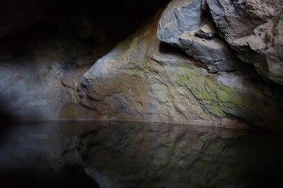 La cisterna de la cueva del Llop