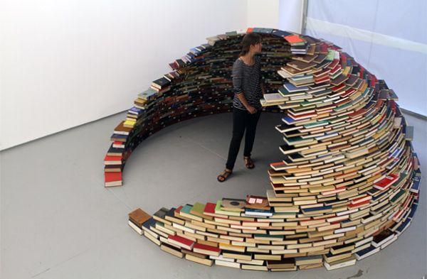 Old books igloo