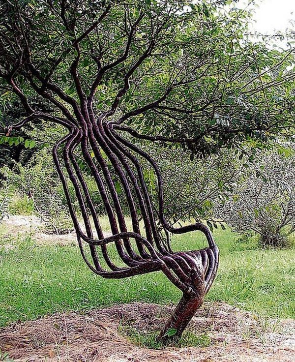 Peter Cook's Pooktre Chair