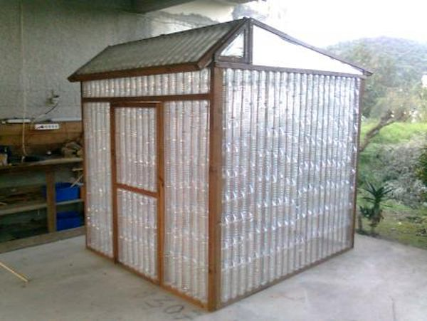 Wonderful Garden Sheds From Recycled Materials