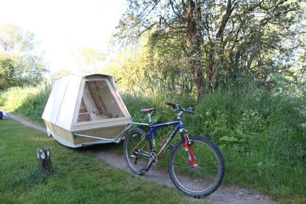 Floating shelter  2