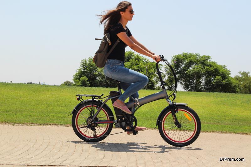 Walk-and-cycle