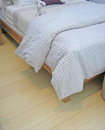 Vertical Natural Bamboo Provides an easy-to-clean, simple surface for bedrooms