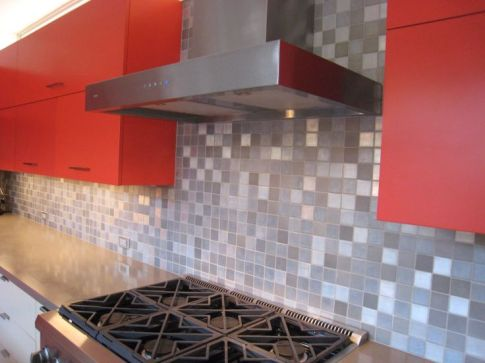 2x2 mixed finishes aluminum with grout