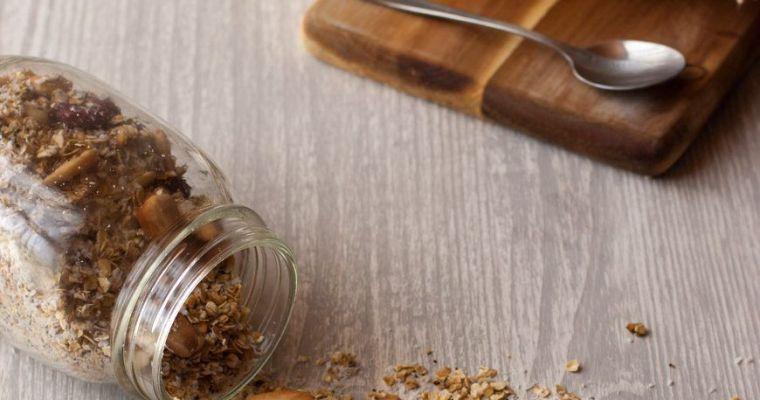 Granola de coco y arándanos sin azúcar