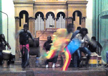 Video/ I bambini di Ornella/ Bilancio con danze e percussioni senegalesi