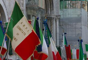 2 giugno/ Celebrazione in piazza Duomo