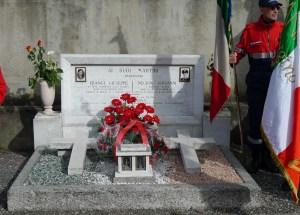 La tomba di Frangi e Negrini a Villa Guardia